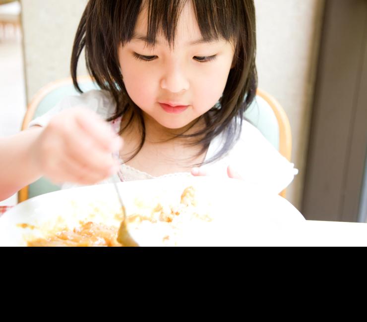 昼食や夕食にも!お子様の大好きなカレーを、ちょっと贅沢に…