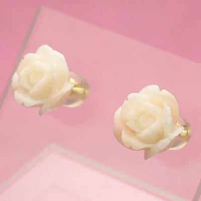 ピンク珊瑚<薔薇>K18ピアス