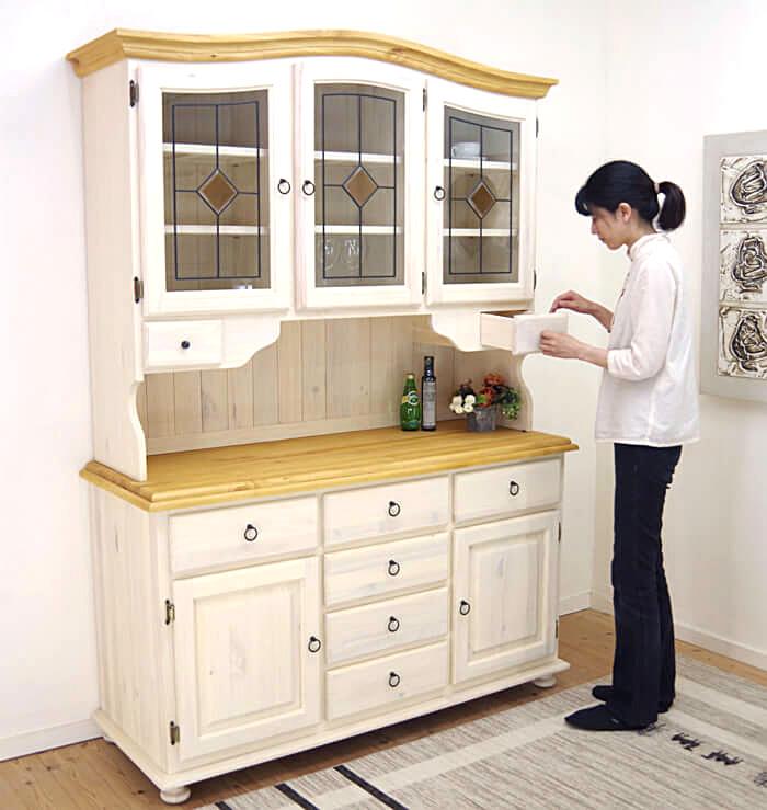 フレンチカントリー 食器棚 白い カントリー調 キッチンボード 収納力のある 大きな木製食器棚