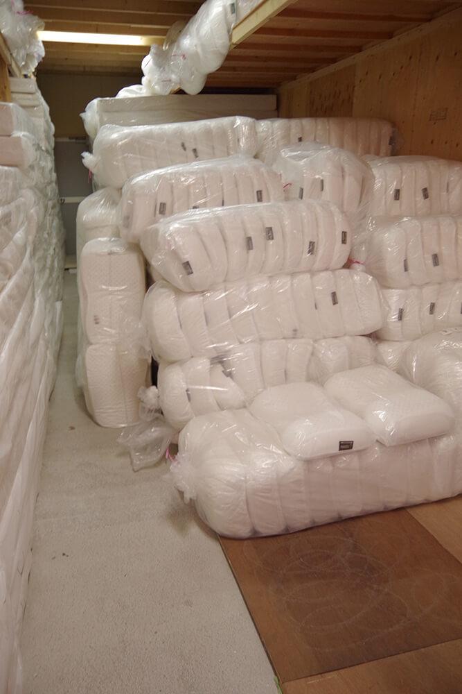 しっかりと自社在庫のラテックス枕