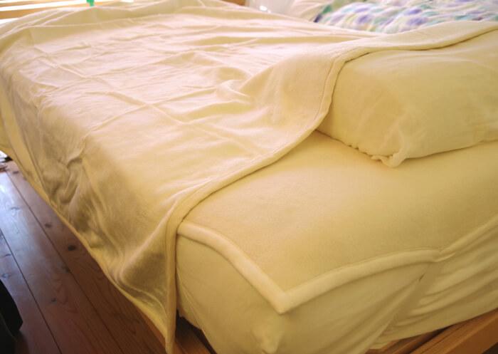 肌がツルツルになるシルク寝具セット
