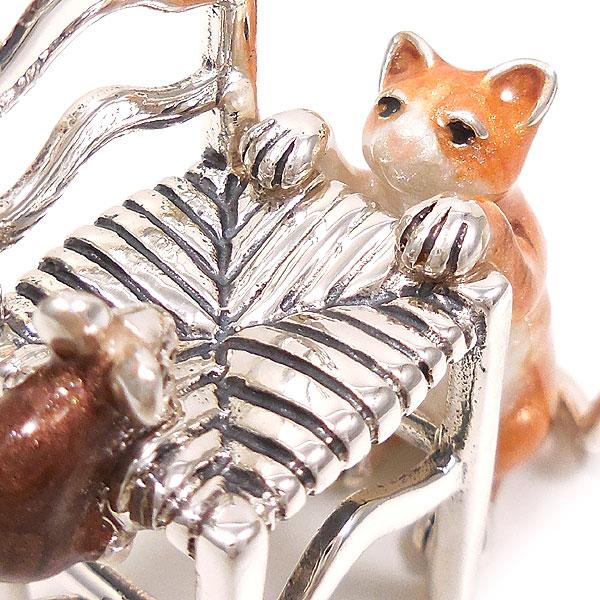 サツルノ:ネコとネズミの置き物