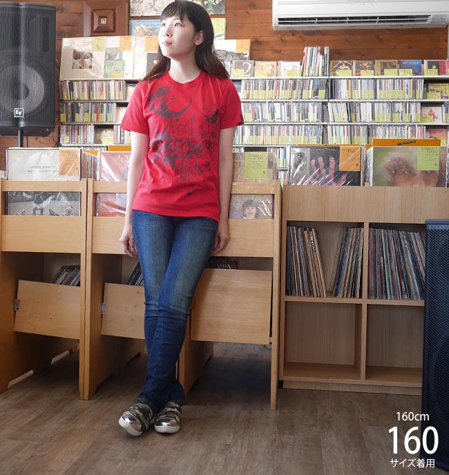 蠍座ガール Scorpio Girl Tシャツ レッド ライトイエロー baster great サソリ さそり座 星座 神話 イラスト コラボ 可愛い 綺麗目 きれいめ カジュアル