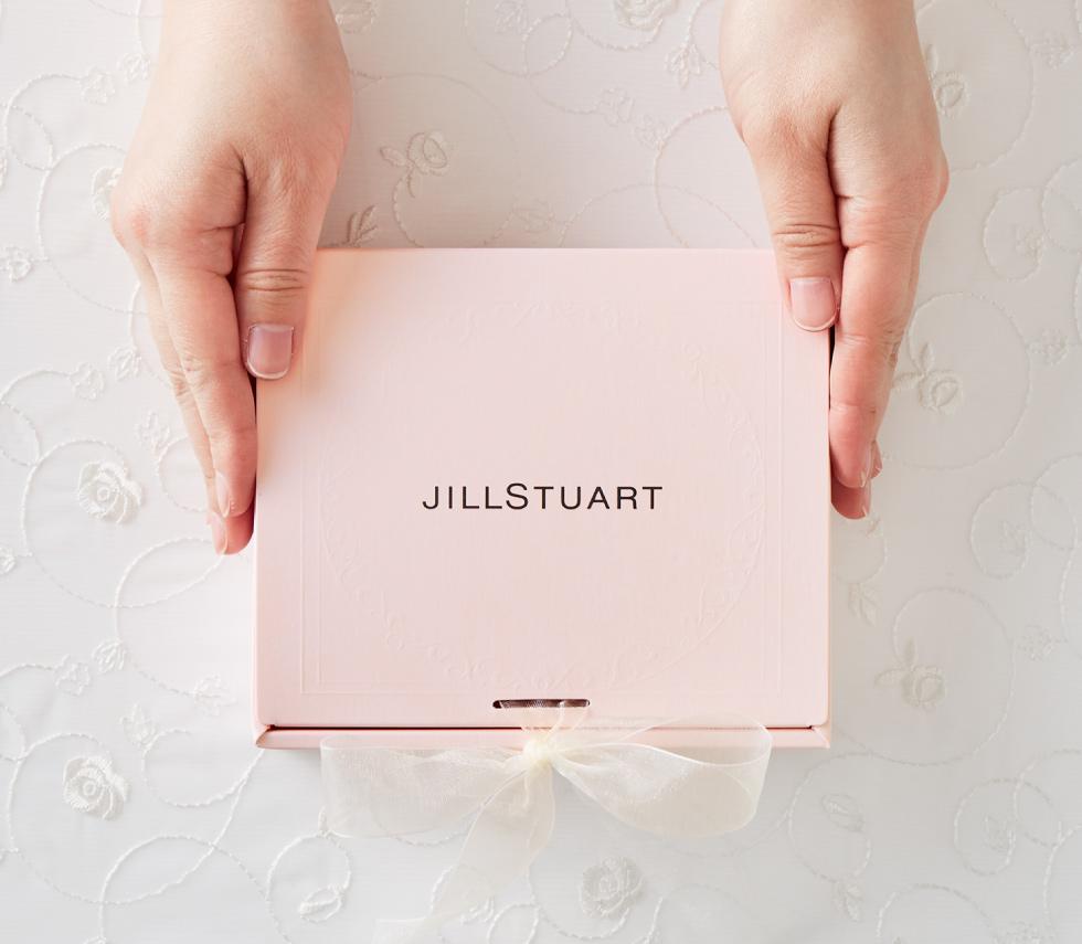 【女子高校生】ガーリーで可愛いデザインが魅力!ジルスチュアートの誕生日プレゼントは?