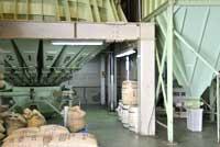 生豆保管室、サイロ