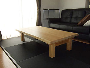 タモリビングテーブル