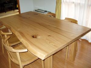 タモ無垢材 ダイニングテーブル