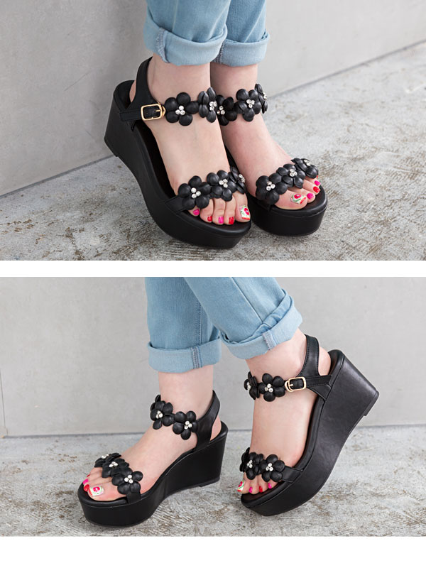 b0f884ffde ... The size that Hana having a cute sandals 7.5cm thick-soled foot bed  flower ...