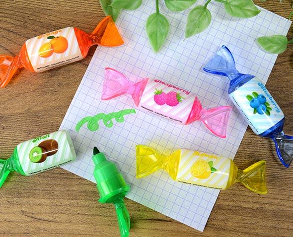 キャンディ型のカラフルな蛍光ペン