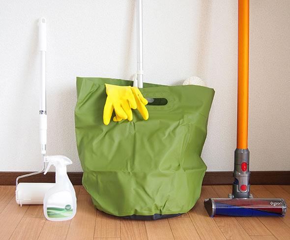防水&大きいので、掃除の際にモップなども入れられます