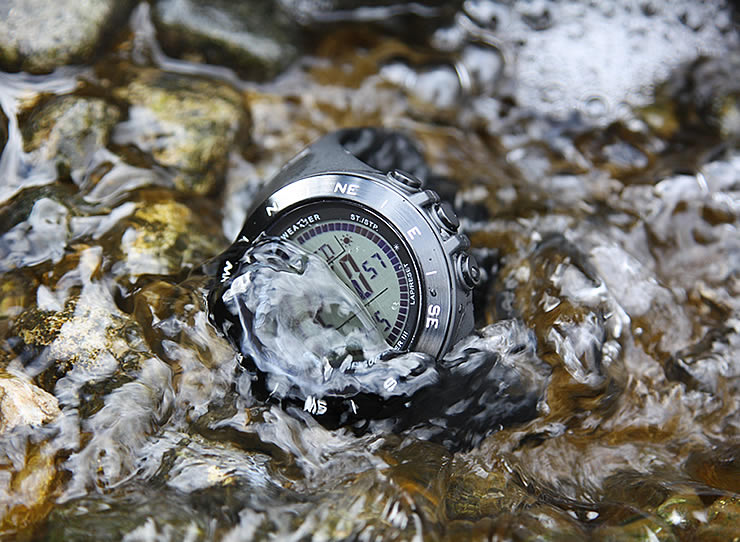 アウトドアウォッチ 防水性能 100m防水 10気圧防水