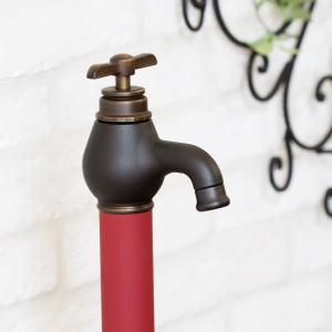 エポカ オンリーワンクラブ|水栓柱レトロな雰囲気で、愛らしい蛇口が特徴の水栓柱です。新鮮さの中にどこか懐かしさを感じさせるデザイン