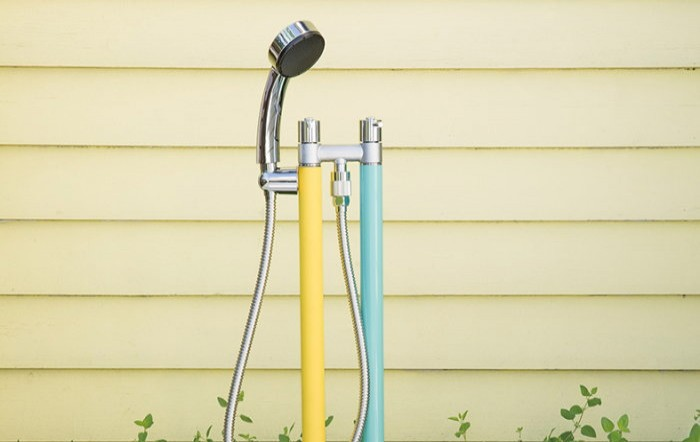 準備中 トーシンコーポレーション|水栓柱ガーデンをスタイリッシュに演出する多彩なカラーバリエーション、シンプルでスマートなフォルムが特徴