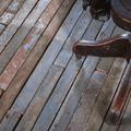 アメリカの「コットン・ミル(綿工場)」で約100年間使われてきたフローリング。