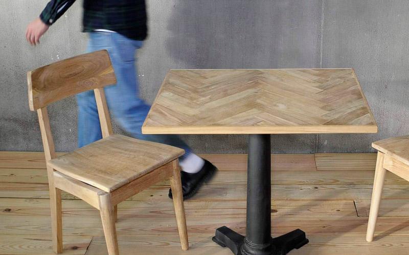 天板のみの商品、チークのヘリンボーンで3タイプの仕上げが選択可能。