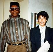 1985年カール・ルイスさん(オリンピック金メダリスト)ご来店