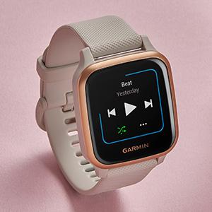 スタイリッシュな見た目で、機能は必要最低限に抑えたコスパ最強のスマートウォッチ!Smart Watch 初心者やApple Watch以外の時計でSuicaを使いたいという人に特におすすめ!