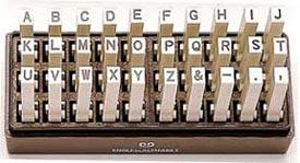 アルファベット ゴシック体