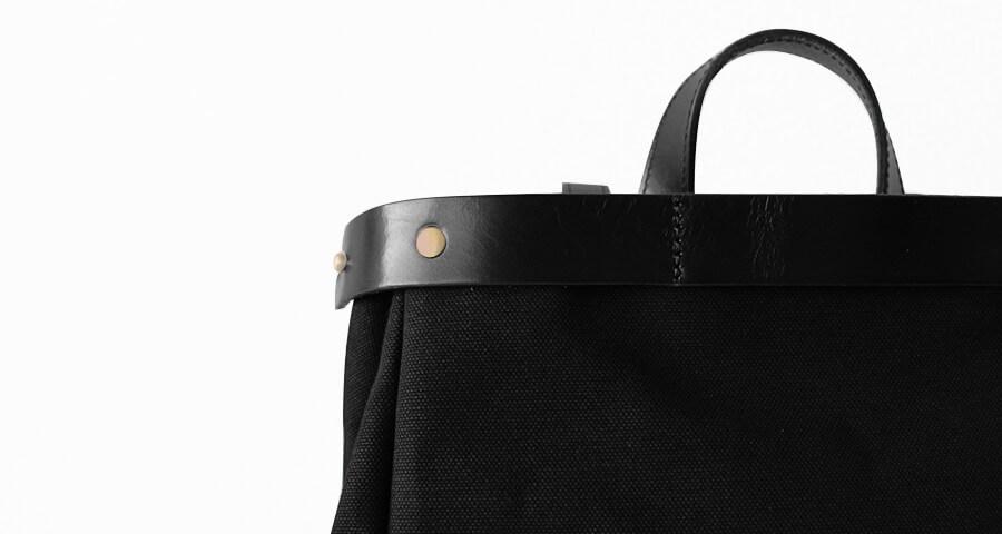 帆布×ヌメ革 バッグ レディース メンズ リュック A4入る 黒 ブラック 人気 by HAYNI