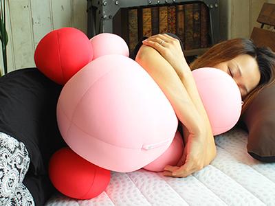 癒しの球体抱き枕クラムボン