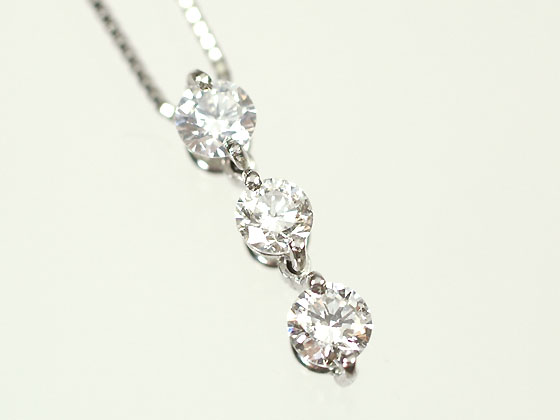 Cutejewelry rakuten global market platinum diamond 03 ct h shine 3 stone in the marcan consolidated while swaying gracefully in the popular two point pinned three stone trilogy design pendant diamond beautiful audiocablefo light Images