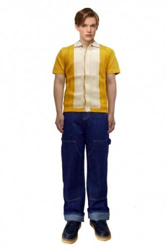 OUTER:パッチデザインモッズコート  PANTS:ウォッシュ クラッシュジーンズ