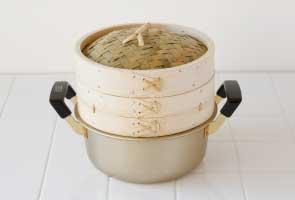 お鍋のふちにのせて使う