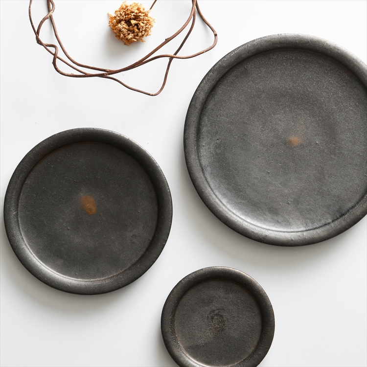 信楽焼 平皿3寸〜7寸 黒