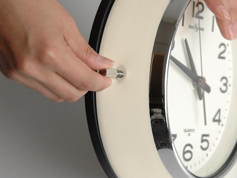 PFS(パシフィックファニチャーサービス)バス時計
