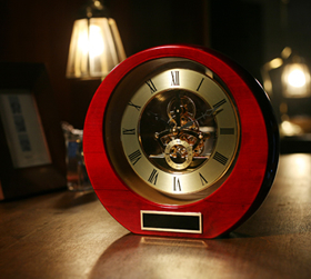 社内表彰にR.S.Owens時計記念品贈呈品