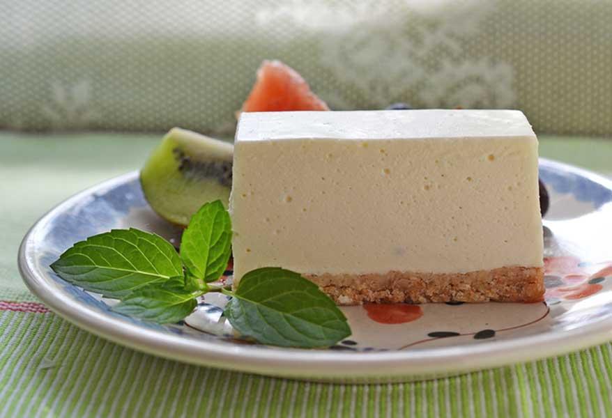 お取り寄せに最適!爽やかな酸味が魅力のレアチーズケーキのおすすめ chez Shibata コガネイチーズケーキ