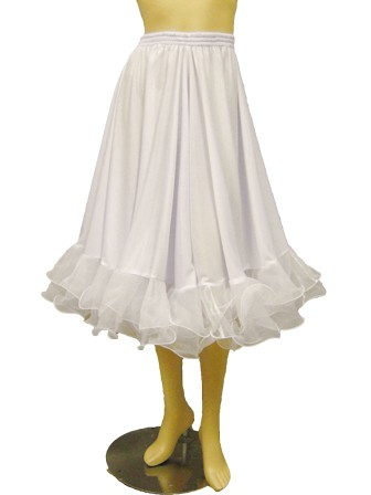 け回したっぷり。ドレス、スカートをゴージャスに演出するインナー用パニエ