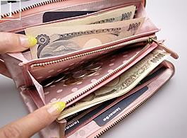 1番:ファスナー長財布の詳細写真