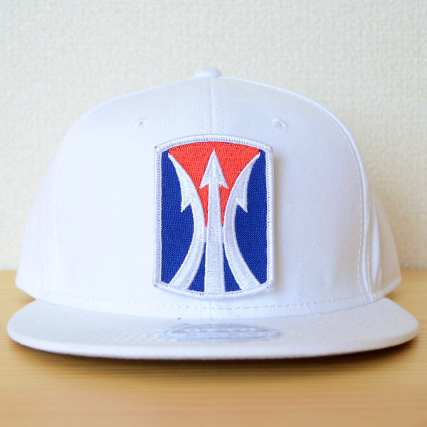 帽子/ベースボールキャップ オットー Otto 無地(白/ホワイト) ワッペンカスタム例