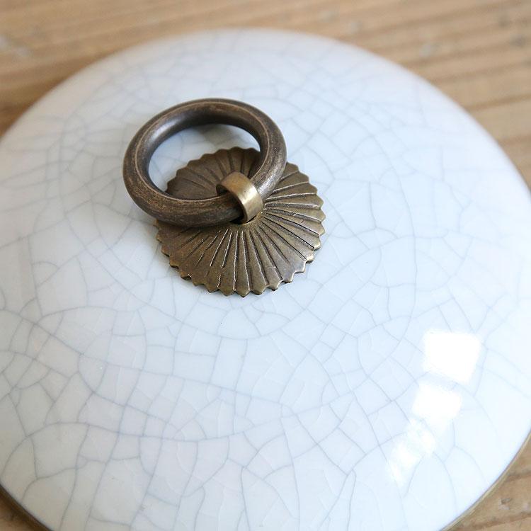 タイ雑貨、磁器の小物入れやティッシュボックス
