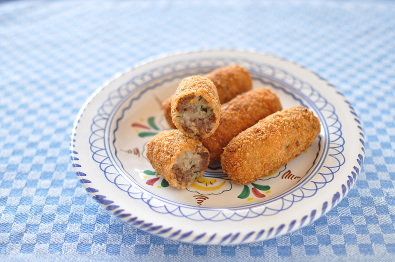 ポルトガルのお肉たっぷりコロッケ