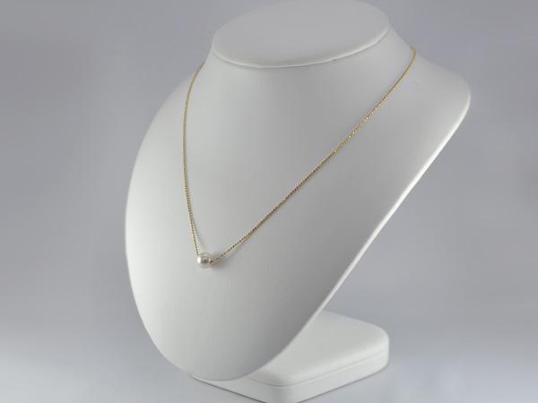 K18あこや真珠ペンダントネックレス(つけ見せ写真)