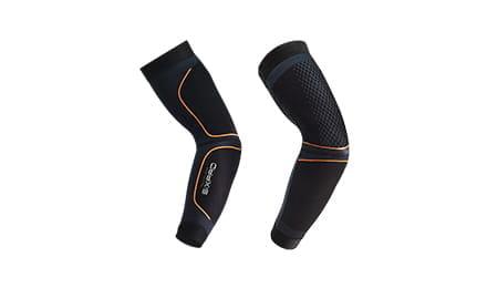 上腕三頭筋をトレーニング Training Suit(トレーニングスーツ)Arm(アーム)