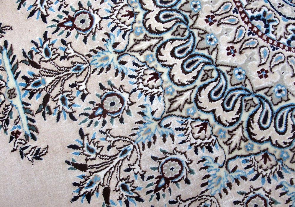 ペルシャ絨毯リビングサイズ拡大写真