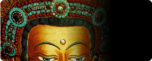 天珠最古の記載。チベットの大昭寺の仏像。