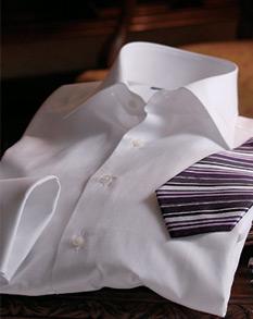 立体パターンシャツ