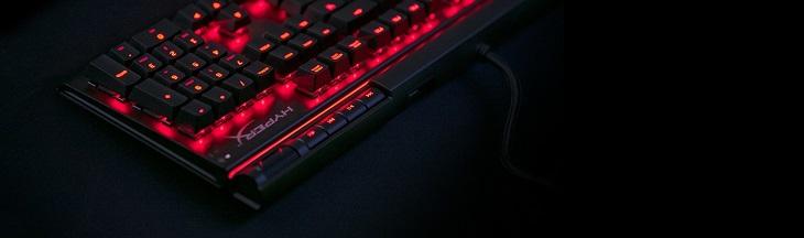 ユニークなライトバーとダイナミックな発光パターンがもたらす比類なき輝き