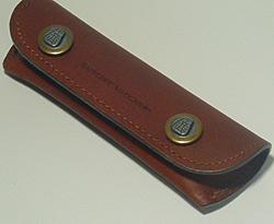 シャトーラギオールジョゼッペ・ヴァッカリーニモデル専用革ケース