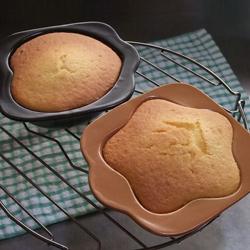 【日本製】耐熱ホットケーキ用プレート・星型(ピンク)で、可愛い形のお菓子がつくれます。