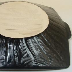 兜タジン鍋・角の陶板部分も超耐熱性の萬古焼。