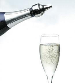 シャンパンサーバー&ストッパーはャンパンの気抜けを防ぐことができる