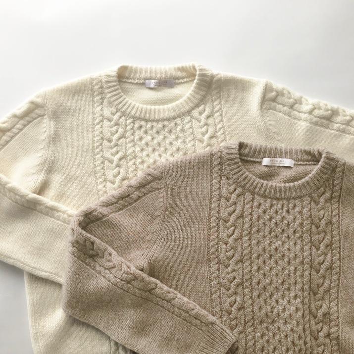 カシミヤ100%ケーブル柄セーター