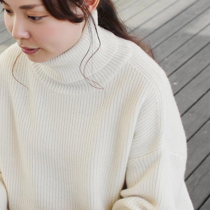 カシミヤ100%畦編み タートルネックセーター