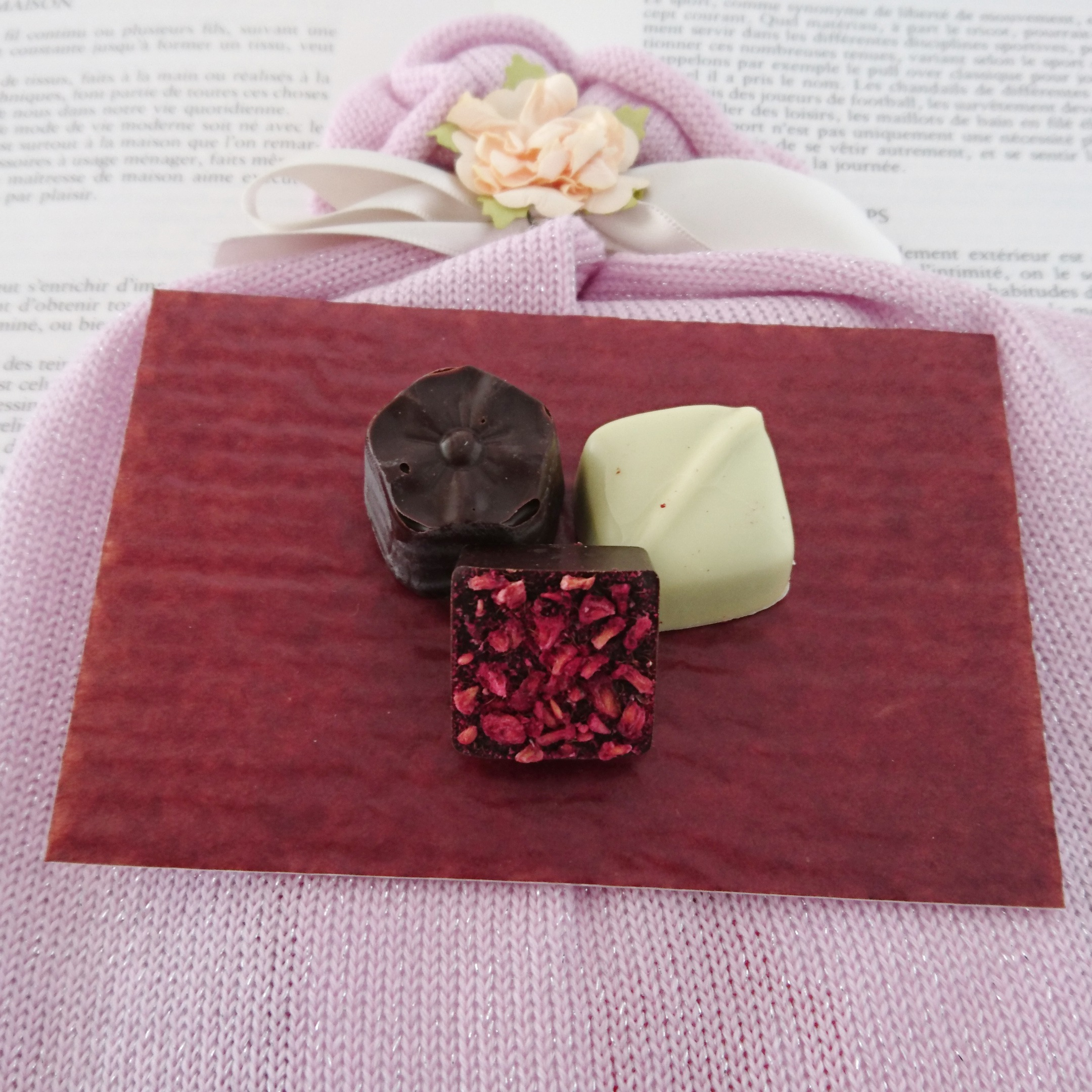 プロディガル的バレンタインはラッピングもニットです。