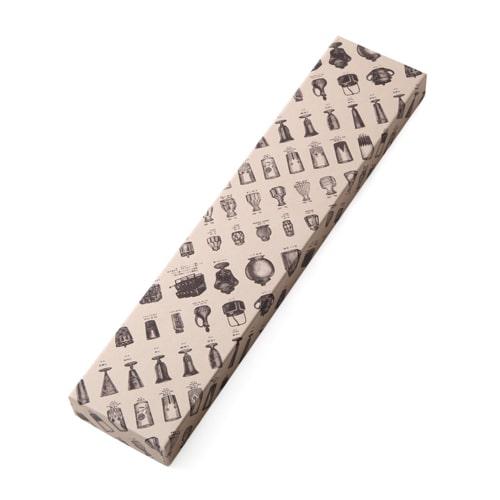 食卓に取り入れやすい硝子箸は、贈りものにも